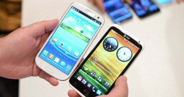 Samsung-Galaxy-SIII-vs-HTC-One-X