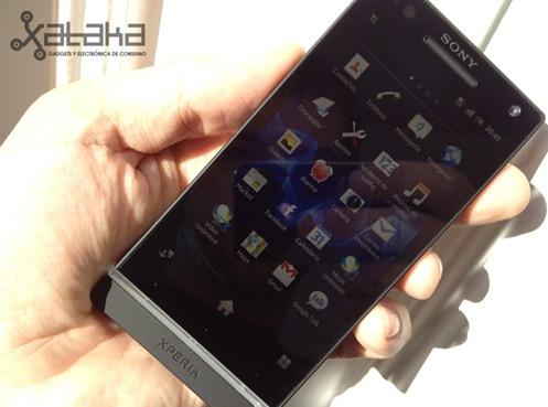 Sony-Xperia-S-04