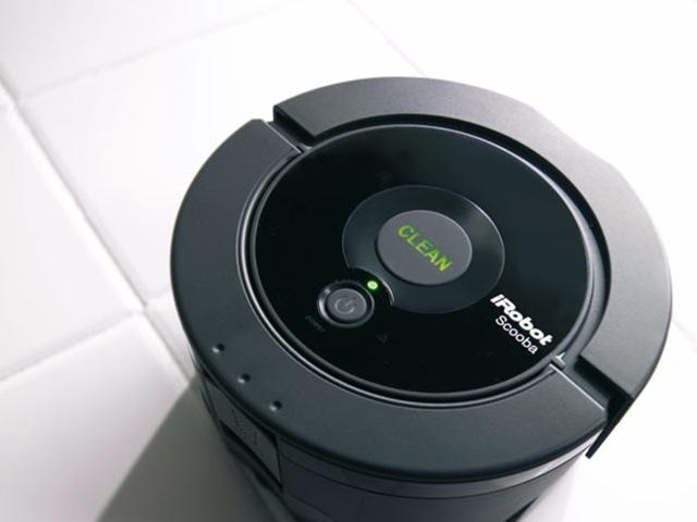 iRobot-Scooba-02